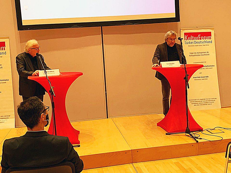 Pressekonferenz am 6.10. im Willy-Brandt-Haus, Osman Okkan, Can Dündar - Foto: Hüseyin İşlek